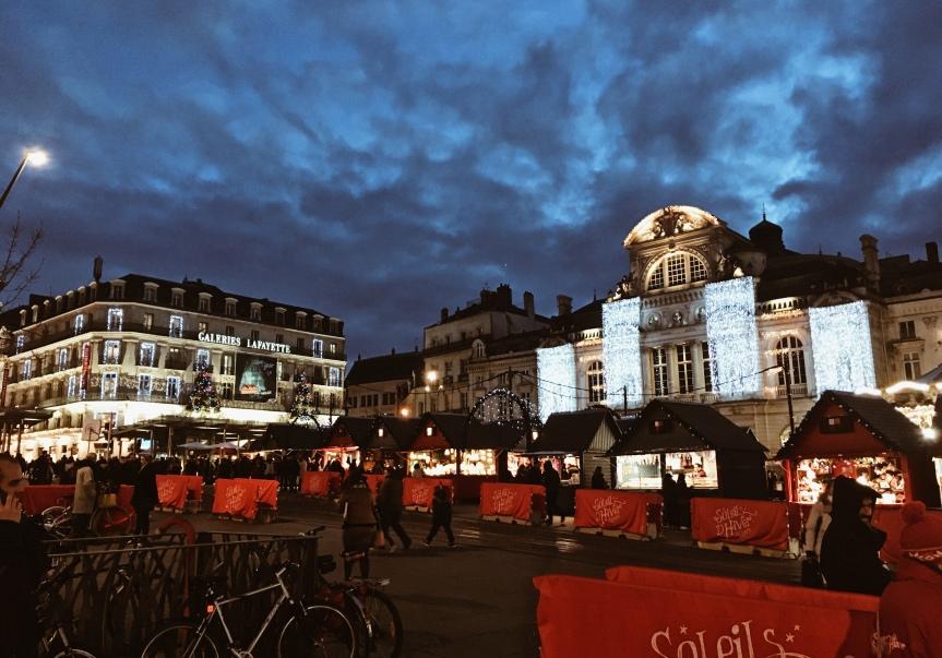 Fêtes de fin d'année à Angers: illuminations, manèges, patinoire, marché de Noël… – Récap' en photos#1
