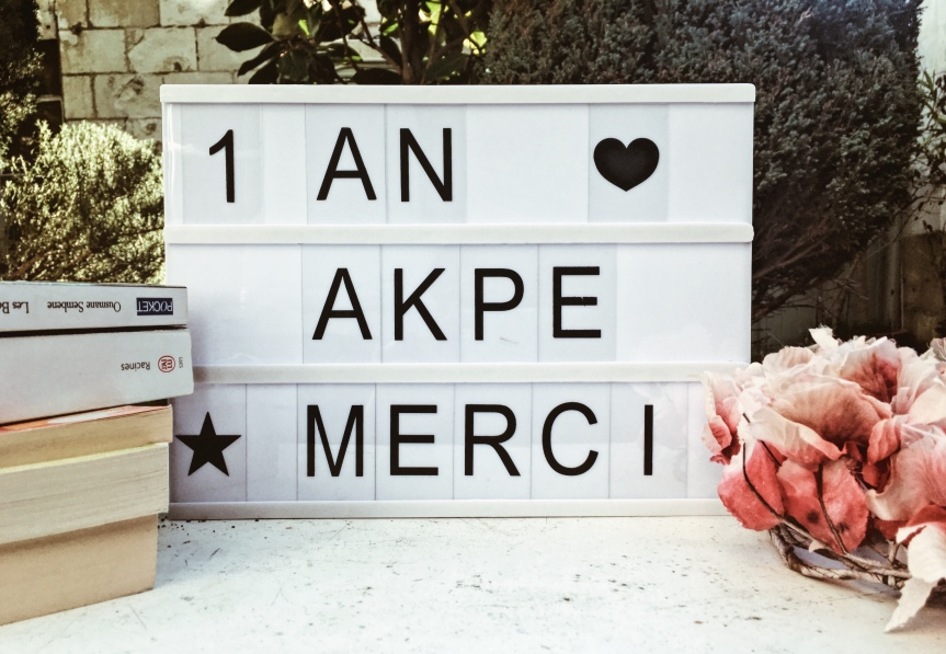 Un an de blogging: Akpe, Merci.
